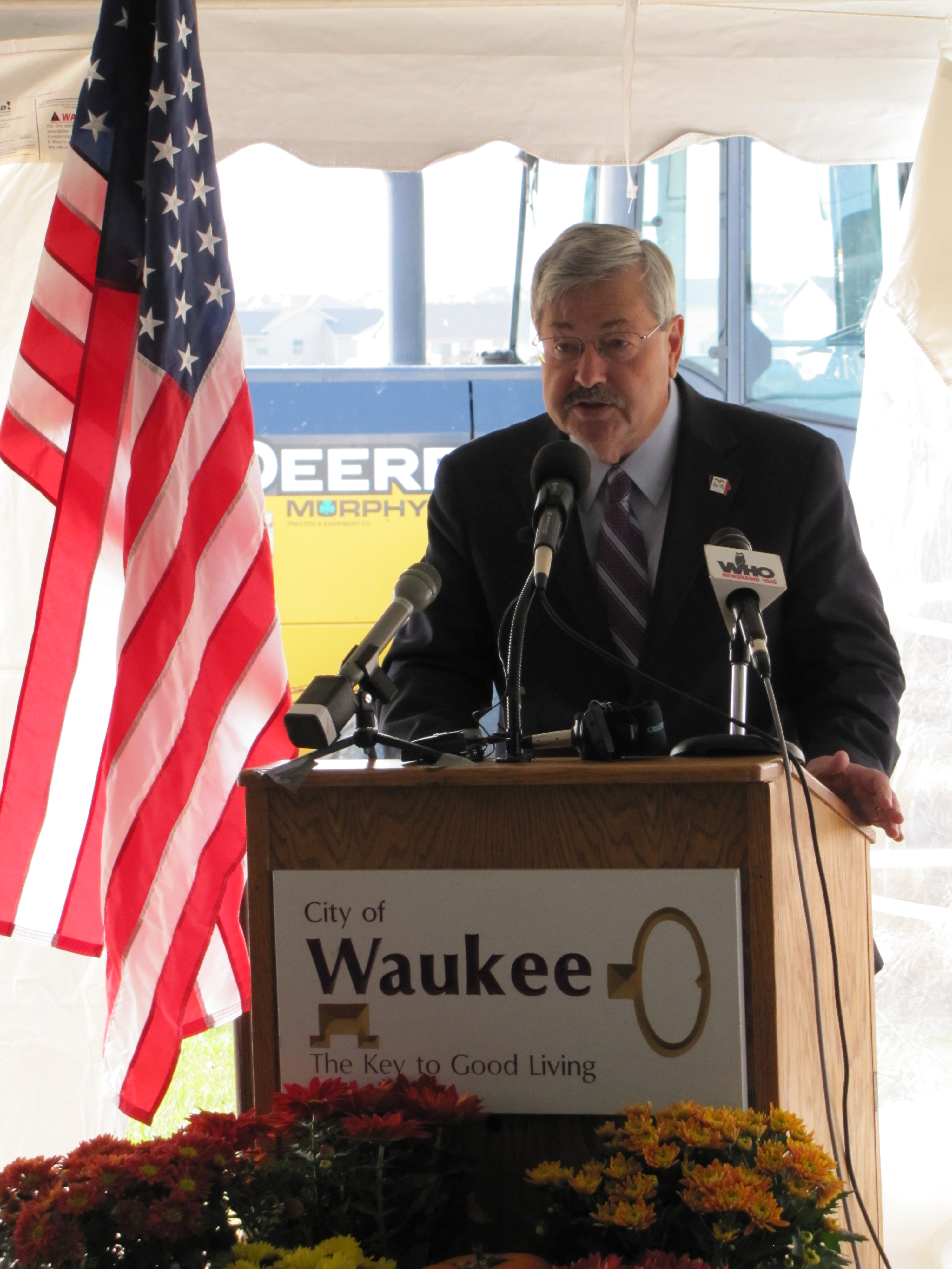 Gov. Branstad speaks
