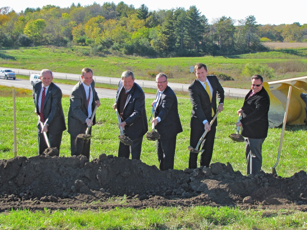 INTERCHANGE Groundbreaking_ Latham1
