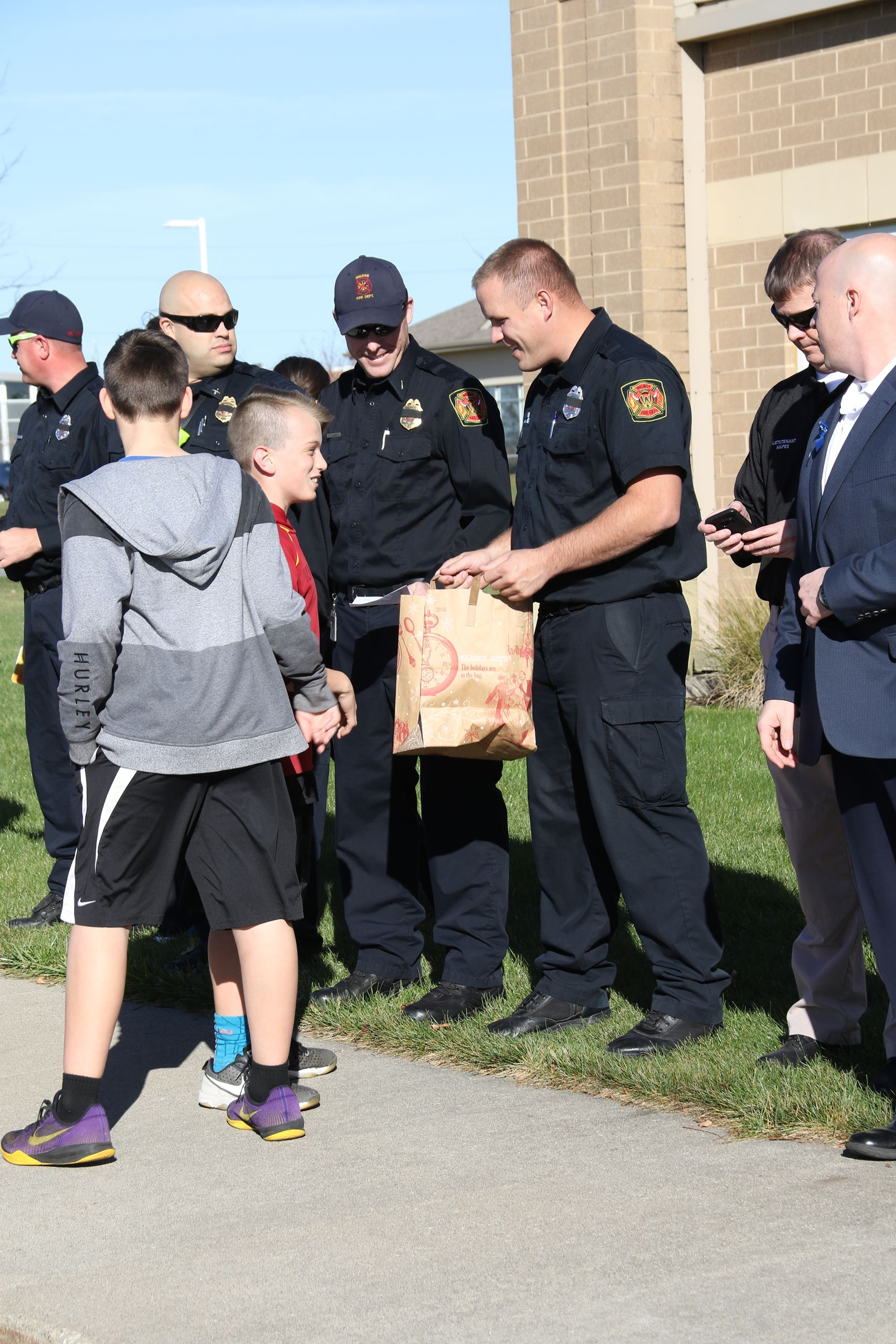 Waukee MS honor public safety 11-2016 (24)